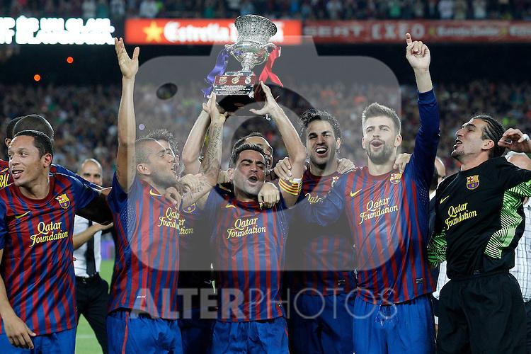 FC Barcelona's Adriano Correia, Daniel Alves, Andres Iniesta, Xavi Hernandez, David Villa, Cesc Fabregas, Gerard Pique and Jose Manuel Pinto celebrates the victory during Spanish Supercup 2nd match.August 17,2011. (ALTERPHOTOS/Acero)