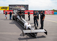 Aug 30, 2019; Clermont, IN, USA; Crew members for NHRA top alcohol dragster driver Jasmine Salinas during qualifying for the US Nationals at Lucas Oil Raceway. Mandatory Credit: Mark J. Rebilas-USA TODAY Sports