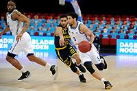 24-03-2021: Basketbal: Donar Groningen v Landstede Hammers: Groningen, Donar speler Leon Williams met Landstede speler Yasiin Joseph