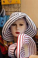 Modegeschäft in L'Ile Rousse, Korsika, Frankreich