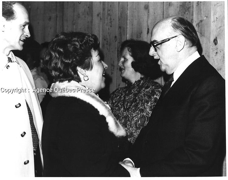 Le Maire de Montreal Jean Drapeau, <br /> le 11 avril 1978<br /> durant la campagne pour sa ré-élection, <br /> <br /> PHOTO : JJ Raudsepp  - Agence Quebec presse