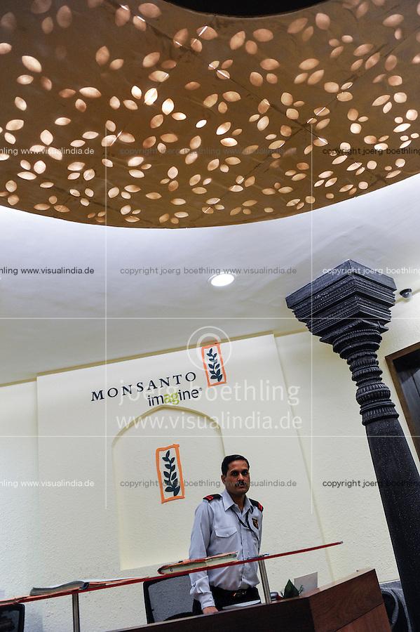 INDIA Maharashtra, Bombay, Monsanto headoffice India in Mumbai, distribution of patented and gene modified seeds and pesticides in India, like BT-cotton Bollguard or Glyphosate Herbicide Round-up / INDIEN Maharashtra, Monsanto Zentrale in Mumbai , Vertrieb von gentechnisch veraendertem und patentiertem Saatgut Herbiziden wie round-up Glyphosat und Pestiziden auf dem indischen Agrarmarkt