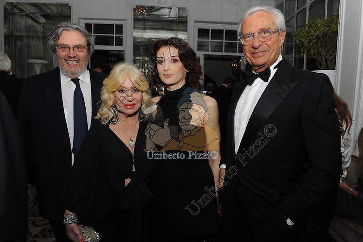 ANTONIO MARASCO, FLAVIA FORTUNATO CON MARISA E MARIO STIRPE<br /> COMPLEANNO SALVATORE D'AGOSTINO<br /> HOTEL MAJESTIC ROMA 2011