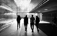 Nederland Amsterdam 2019. Voetgangers / Fietstunnel bij Centraal Station. Foto Berlinda van Dam / Hollandse Hoogte