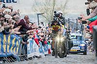 60 kilometers in the attack, Philippe Gilbert (BEL/Quick Step floors) solo's towards the finish in Oudenaarde; a truly epic effort (here solo up the Oude Kwaremont)<br /> <br /> 101th Ronde Van Vlaanderen 2017 (1.UWT)<br /> 1day race: Antwerp › Oudenaarde - BEL (260km)