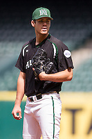 Hawaii Rainbow Warriors pitcher LJ Brewster (22) looks to his catcher for the sign during Houston College Classic against the Baylor Bears on March 6, 2015 at Minute Maid Park in Houston, Texas. Hawaii defeated Baylor 2-1. (Andrew Woolley/Four Seam Images)