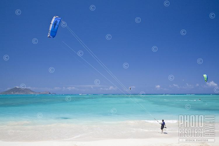 Kite surfer preparing to go sailing in Kailua