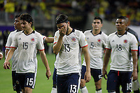 HOUSTON - UNITED STATES, 11-06-2016: Jugadores de Colombian abandonan el campo de juego tras la derrota en el partido del grupo A, fecha 3, entre Colombia (COL) y Costa Rica (CRC)  por la Copa América Centenario USA 2016 jugado en el estadio NRG en Houston, Texas, USA. /  Players of Colombia leave the field after of the defeated in the match of the group A  between Colombia (COL) and Costa Rica (CRC) for the date 3 of the Copa América Centenario USA 2016 played at NRG stadium in Houston, Texas ,USA. Photo: VizzorImage/ Luis Alvarez /Str