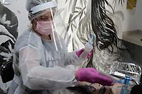 Campinas (SP), 07/08/2020 - Comercio/Fase Amarela - O governo estadual confirmou, na manhã desta sexta-feira (7), que a região de Campinas (SP) vai avançar da fase 2 - laranja para a fase 3 - amarela do Plano de São Paulo, que define as regras da reabertura gradual dos serviços durante a pandemia do novo coronavírus.<br /> Segundo o Comitê de Contingência do Coronavírus de SP, tanto o Departamento Regional de Saúde 7 (DRS-7), que inclui Campinas e outras 41 cidades, quanto o DRS-14, evoluíram à fase amarela. Ao todo, 86% da população de SP está nesta etapa.<br /> A quarentena no estado foi prorrogada até 23 de agosto. O governador João Doria afirmou que houve queda no número de internações e de mortes no interior, e reforçou que não deve haver descuido em relação à proteção e ao combate ao coronavírus.<br /> Com o avanço, a Prefeitura de Campinas informou que bares, restaurantes e praças de alimentação podem voltar a funcionar para consumo local a partir deste sábado (8), mesmo dia da publicação do decreto com as regras e restrições.