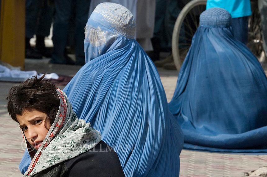Eid celebration at the Wazer Wohhammed Akbar Khan Mosque in Kabul. 10-9-10
