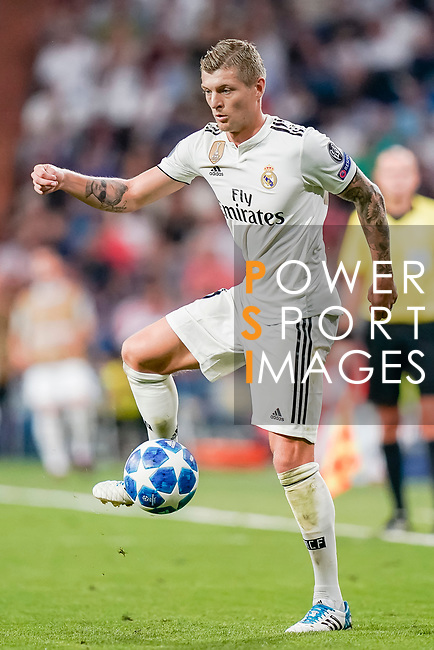 Toni Kroos of Real Madrid in action during the UEFA Champions League 2018-19 match between Real Madrid and Roma at Estadio Santiago Bernabeu on September 19 2018 in Madrid, Spain. Photo by Diego Souto / Power Sport Images