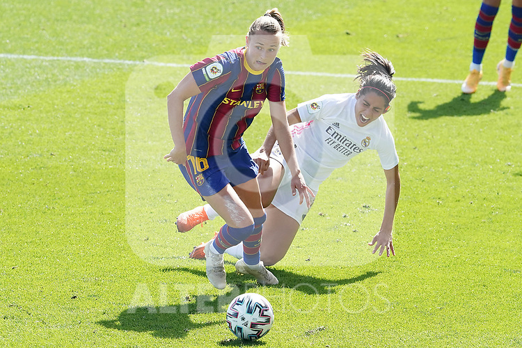 First official match and first classic in the history of women's Real Madrid.<br /> Real Madrid's Kenti Robles (r) and FC Barcelona's Caroline Hansen during Spanish Female League match. October 4,2020. (ALTERPHOTOS/Acero)