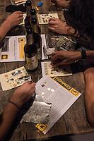 """Mehrmals im Jahr findet im Kreuzberger Club SO36 das """"Kiezbingo"""" statt. Zu diesem Kiezbingo kommen mehrere hundert Menschen, denen es allerdings nicht um das Gewinnen geht, sondern um die Unterstuetzung sozialer Initiativen, denen mit dem gesammelten Geld geholfen wird. Die Preise werden von Kreuzberger Geschaeften gespendet und koennen Gutscheine fuer ein Buch, Lebensmittel oder T-Shirts sein.<br /> Durch die als Show angelegt Veranstaltung fuehren die Transvestiten Inge Borg und Gisela Sommer.<br /> 14.10.2014, Berlin<br /> Copyright: Christian-Ditsch.de<br /> [Inhaltsveraendernde Manipulation des Fotos nur nach ausdruecklicher Genehmigung des Fotografen. Vereinbarungen ueber Abtretung von Persoenlichkeitsrechten/Model Release der abgebildeten Person/Personen liegen nicht vor. NO MODEL RELEASE! Don't publish without copyright Christian-Ditsch.de, Veroeffentlichung nur mit Fotografennennung, sowie gegen Honorar, MwSt. und Beleg. Konto: I N G - D i B a, IBAN DE58500105175400192269, BIC INGDDEFFXXX, Kontakt: post@christian-ditsch.de<br /> Urhebervermerk wird gemaess Paragraph 13 UHG verlangt.]"""
