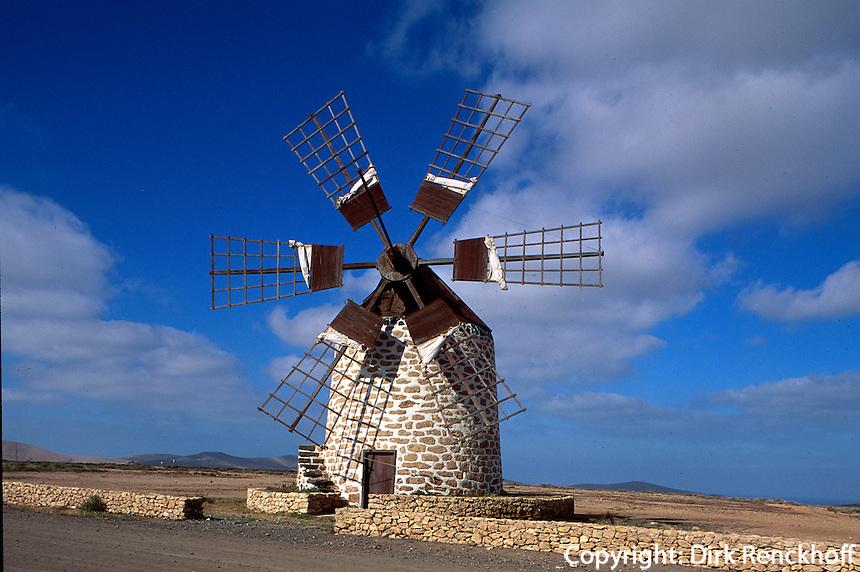 Spanien, Kanarische Inseln, Fuerteventura, Tefia, Windmühle