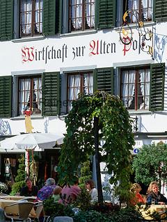 Schweiz, Kanton St. Gallen, St. Gallen: Altstadt - Wirtschaft zur Alten Post   Switzerland, Canton St. Gallen, St. Gallen: Restaurant 'Zur Alten Post' at old town
