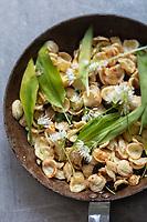Gastronomie générale : Orecchiette à l'Ail des Ours  // General gastronomy: Orecchiette with Allium ursinum