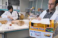 - Italian Institute for Toy Safety; certification of toys and products intended for children: chemical laboratory....- Istituto Italiano Sicurezza dei Giocattoli; certificazione dei giocattoli e dei prodotti destinati all'infanzia: laboratorio chimico