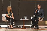 """2017.11.09 - PA - Belém - Brasil: Encontro de Cidades Criativas de Gastronomia - Workshop """" O que a biodiversidade oferece para a gastronomia e o que a gastronomia pode fazer para a biodiversidade. Cláudia Sadala e Roberto Smeraldi."""