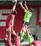 Scarlets lock George Earle beats Munster lock Donncha O'Callaghan to the lineout ball.<br /> Guiness Pro12<br /> Scarlets v Munster<br /> 21.02.15<br /> ©Steve Pope -SPORTINGWALES