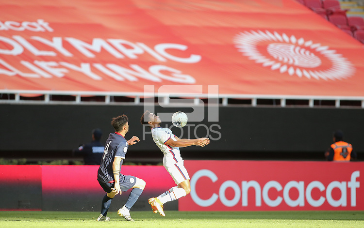 ZAPOPAN, MEXICO - MARCH 21: Jonathan Lewis #7 of the United States traps the ball during a game between Dominican Republic and USMNT U-23 at Estadio Akron on March 21, 2021 in Zapopan, Mexico.