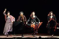 """BOGOTÁ-COLOMBIA-10-04-2014. Ensayo de la obra """"Bodas de Sangre"""" de la compañia Theatre Troupe Georipae reallizado en el Coliseo Cubierto El Campín y que forma parte de la programación del XIV Festival Iberoamericano de Teatro de Bogotá 2014./  Pre show of """"Bodas de Sangre"""" of the company Theatre Troupe Georipaefrom Korea played at Coliseo Cubierto El Campín as a part of  schedule of the XIV Ibero-American Theater Festival of Bogota 2014.  Photo: VizzorImage/ Diana Sanchez /Str"""