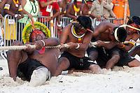 IV Jogos Tradicionais  Indígenas do Pará.<br /> <br /> Kayapó.<br /> <br /> <br /> Quinza etnias participam dos  IV Jogos Indígenas, iniciados neste na íntima sexta feira. Aikewara (de São Domingos do Capim), Araweté (de Altamira), Assurini do Tocantins (de Tucuruí), Assurini do Xingu (de Altamira), Gavião Kiykatejê (de Bom Jesus do Tocantins), Gavião Parkatejê (de Bom Jesus do Tocantins), Guarani (de Jacundá), Kayapó (de Tucumã), Munduruku (de Jacareacanga), Parakanã (de Altamira), Tembé (de Paragominas), Xikrin (de Ourilândia do Norte), Wai Wai (de Oriximiná). Participam ainda as etnias convidadas - Pataxó (da Bahia) e Xerente (do Tocantins).<br /> Mais de 3 mil pessoas lotaram as arquibancadas da arena de competição.<br /> Praia de Marudá, Marapanim, Pará, Brasil.<br /> Foto Paulo Santos<br /> 76/09/2014