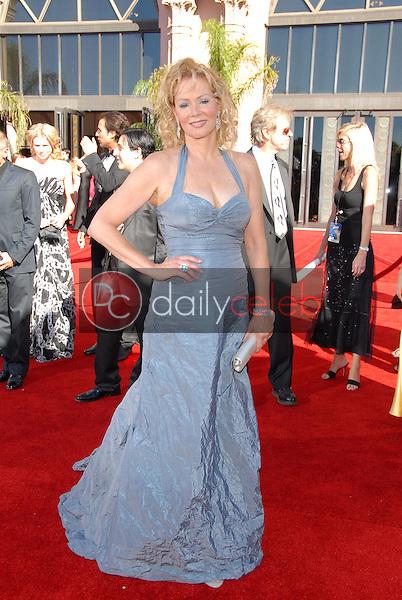 Jean Smart<br />arriving at the 58th Annual Primetime Emmy Awards. The Shrine Auditorium, Los Angeles, CA. 08-27-06<br />Scott Kirkland/DailyCeleb.com 818-249-4998