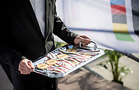 6 (!) gold medals carried on a proper platter to teh podium<br /> <br /> Mixed Relay TTT <br /> Team Time Trial from Knokke-Heist to Bruges (44.5km)<br /> <br /> UCI Road World Championships - Flanders Belgium 2021<br /> <br /> ©kramon
