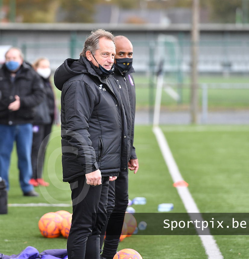 Head Coach Patrick Wachel (Anderlecht) pictured during a female soccer game between Club Brugge Dames YLA and RSC Anderlecht Ladies on the fifth matchday of the 2020 - 2021 season of Belgian Scooore Womens Super League , sunday 18 October 2020  in Brugge , Belgium . PHOTO SPORTPIX.BE | SPP | DAVID CATRY