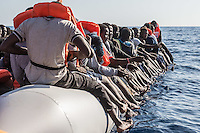 Sea Watch-2.<br /> Die Sea Watch-2 bei ihrer 13. SAR-Mission vor der libyschen Kueste.<br /> Im Bild: Ein Schlauchboot mit ca. 160 Menschen.<br /> 20.10.2016, Mediterranean Sea<br /> Copyright: Christian-Ditsch.de<br /> [Inhaltsveraendernde Manipulation des Fotos nur nach ausdruecklicher Genehmigung des Fotografen. Vereinbarungen ueber Abtretung von Persoenlichkeitsrechten/Model Release der abgebildeten Person/Personen liegen nicht vor. NO MODEL RELEASE! Nur fuer Redaktionelle Zwecke. Don't publish without copyright Christian-Ditsch.de, Veroeffentlichung nur mit Fotografennennung, sowie gegen Honorar, MwSt. und Beleg. Konto: I N G - D i B a, IBAN DE58500105175400192269, BIC INGDDEFFXXX, Kontakt: post@christian-ditsch.de<br /> Bei der Bearbeitung der Dateiinformationen darf die Urheberkennzeichnung in den EXIF- und  IPTC-Daten nicht entfernt werden, diese sind in digitalen Medien nach §95c UrhG rechtlich geschuetzt. Der Urhebervermerk wird gemaess §13 UrhG verlangt.]