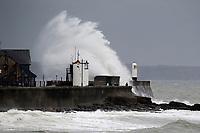 2019 10 25 Waves, Porthcawl, Wales, UK