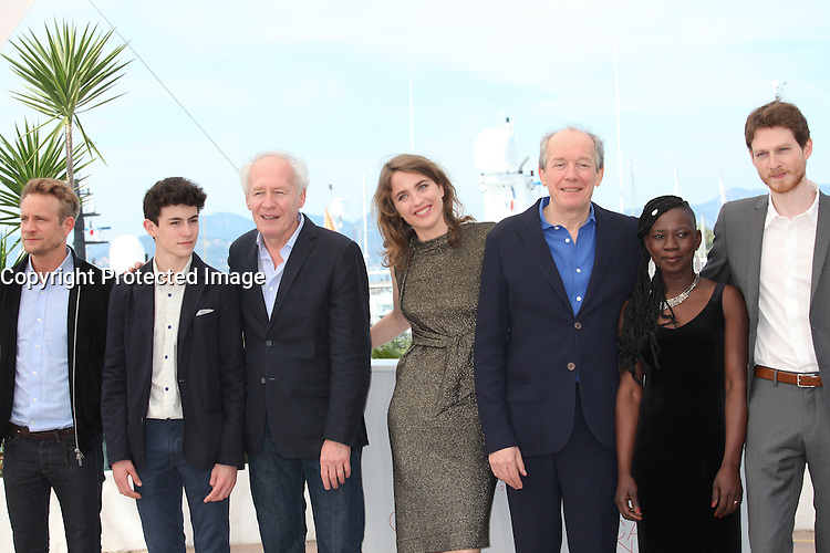 JEREMIE RENIER, LOUKA MINNELLA, DIRECTOR JEAN-PIERRE DARDENNE, ADELE HAENEL, DIRECTOR LUC DARDENNE, NADEGE OUEDRAOGO AND OLIVIER BONNAUD - PHOTOCALL OF THE FILM 'LA FILLE INCONNUE' AT THE 69TH FESTIVAL OF CANNES 2016 , 19/05/2016.