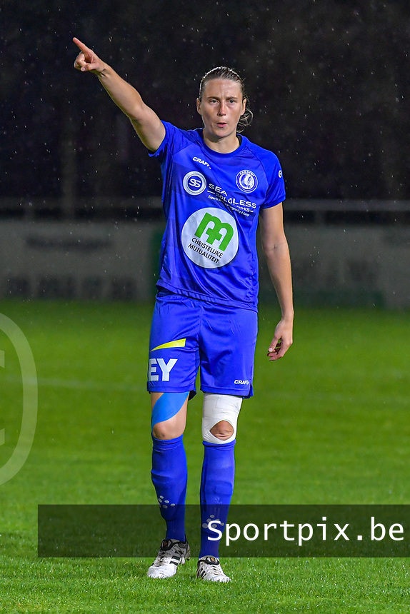 Gent's defender Heleen Jacques (4) pictured during a female soccer game between  AA Gent Ladies and Femina White Star Woluwe on the third matchday of the 2020 - 2021 season of Belgian Scooore Womens Super League , friday 2 nd of October 2020  in Oostakker , Belgium . PHOTO SPORTPIX.BE | SPP | STIJN AUDOOREN