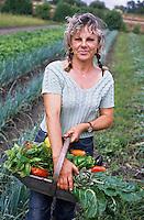 Europe/France/Aquitaine/33/Gironde/Saint-Estèphe: Nicole Dufau jardinière qui produit les légumes biologiques qu'utilise Thierry Marx à Cordeillan Bages [AUTORISATION N°348] [Non destiné à un usage publicitaire - Not intended for an advertising use]