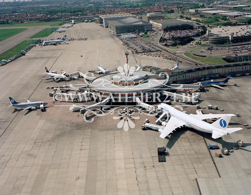1993.   Luchthaven Zaventem.
