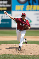 July 6, 2008: The Yakima Bears' Terry Hose toes the rubber against the Everett AquaSox in a Northwest League game at Everett Memorial Stadium in Everett, Washington.