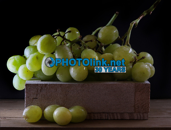 Grapes<br /> Photo By Adam Scull/PHOTOlink.net