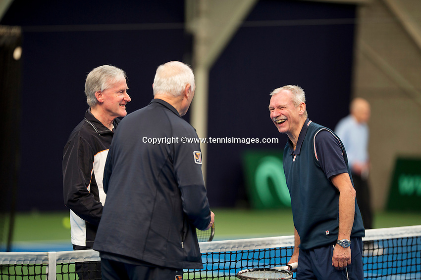 Hilversum, The Netherlands, March 10, 2016,  Tulip Tennis Center, NOVK, toss<br /> Photo: Tennisimages/Henk Koster