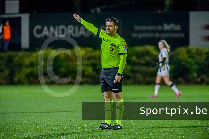 referee Pierre Tirone pictured during a female soccer game between Sporting Charleroi and KRC Genk Ladies on the 9th matchday of the 2020 - 2021 season of Belgian Scooore Womens Super League , friday 11 th of December 2020  in Marcinelle , Belgium . PHOTO SPORTPIX.BE   SPP   STIJN AUDOOREN
