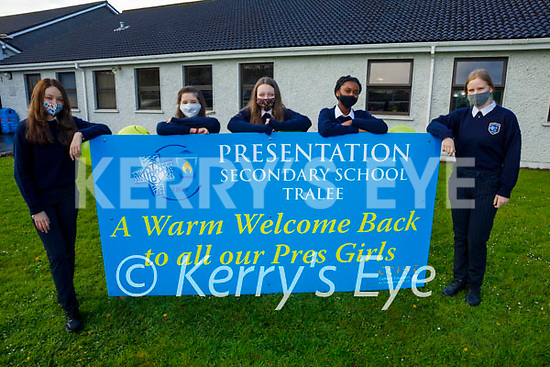 Presentation Tralee 1st years returning to school on Monday receive a big warm welcome. Back l to r: Maria Synowiecka, Sarah Carty, Faith O'Sullivan Joy Bamigbade and Vanessa Popko