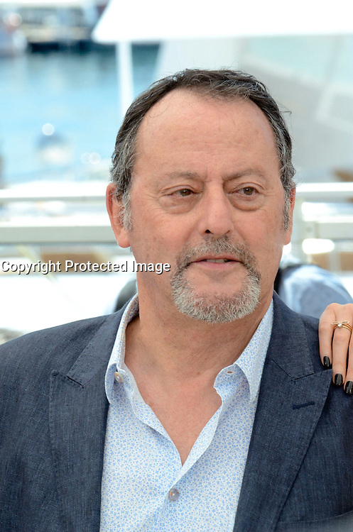 Jean Reno attends ' the last face' Photocall durig The 69th Annual Cannes Film Festival on May 20, 2016 in Cannes