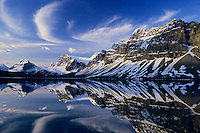 Bow Lake, Crowfoot Mountain and glacier, Banff National Park, Alberta, Canada. Cirrus clouds