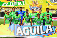 BARRANCABERMEJA- COLOMBIA - 23 - 07 -2016: Los jugadores de Atletico Bucaramanga, posan para una foto, durante partido Alianza Petrolera y Atletico Bucaramanga, por la fecha 5 por la Liga Aguila II 2016 en el estadio Daniel Villa Zapata en la ciudad de Barrancabermeja. / The players of Atletico Bucaramanga, pose for a photo, during a match between Alianza Petrolera and Atletico Bucaramanga, for date 5 of the Liga Aguila II 2016 at the Daniel Villa Zapata stadium in Barrancabermeja city. Photo: VizzorImage  / Jose D Martinez / Cont.