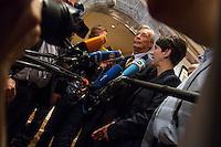 """Treffen des Zentralrat der Muslime mit AfD-Parteispitze am 23. Mai 2016 im Regent-Hotel in Berlin.<br /> Der Zentralrat der Muslime (ZDM) hatte fuehrende AfD-Politiker zu einem Gespraech eingeladen, um ueber diskriminierende und islamfeindliche Ausserungen und Passagen im AfD-Parteiprogramm zu reden. Die AfD-Politiker liessen das Gespraech nach kurzer Zeit platzen und beschuldigten den ZDM """"nicht auf Augenhoehe"""" mit der AfD reden und sie """"erpressen"""" zu wollen.<br /> Vlnr.: Armin-Paul Hampel (eigentlich Armin-Paulus Hampel), Vorstandsmitglied; Frauke Petry, AfD-Vorsitzende.<br /> 23.5.2016, Berlin<br /> Copyright: Christian-Ditsch.de<br /> [Inhaltsveraendernde Manipulation des Fotos nur nach ausdruecklicher Genehmigung des Fotografen. Vereinbarungen ueber Abtretung von Persoenlichkeitsrechten/Model Release der abgebildeten Person/Personen liegen nicht vor. NO MODEL RELEASE! Nur fuer Redaktionelle Zwecke. Don't publish without copyright Christian-Ditsch.de, Veroeffentlichung nur mit Fotografennennung, sowie gegen Honorar, MwSt. und Beleg. Konto: I N G - D i B a, IBAN DE58500105175400192269, BIC INGDDEFFXXX, Kontakt: post@christian-ditsch.de<br /> Bei der Bearbeitung der Dateiinformationen darf die Urheberkennzeichnung in den EXIF- und  IPTC-Daten nicht entfernt werden, diese sind in digitalen Medien nach §95c UrhG rechtlich geschuetzt. Der Urhebervermerk wird gemaess §13 UrhG verlangt.]"""