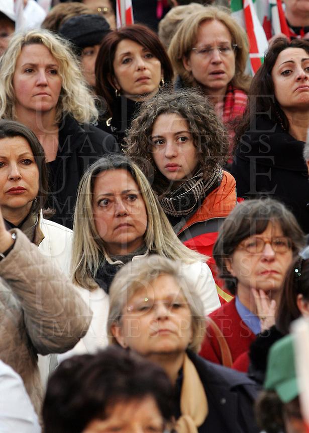 Manifestazione indetta da Cgil, Cisl e Uil a Roma, 8 marzo, 2008, per il centenario della giornata internazionale della donna..Demonstration promoted by the italian Cgil, Cisl and Uil trade unions in Rome, 8 march 2008, for the hundredth anniversary of the International Woman Day..UPDATE IMAGES PRESS/Riccardo De Luca