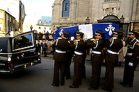 Quebec (Qc) CANADA,November 5, 1987 File Photo -<br /> <br /> Member of the Surete du Quebec ( provincial Police) carry the coffin of former Quebec Premier Rene Levesque at his funeral in Quebec city<br /> <br /> <br /> photo (c) Pierre Roussel -  Images Distribution - Rene Levesque