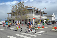 The lead group passes through Martinborough during stage four of the NZ Cycle Classic UCI Oceania Tour in Wairarapa, New Zealand on Wednesday, 25 January 2017. Photo: Dave Lintott / lintottphoto.co.nz