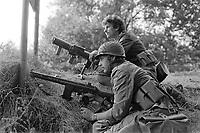 - Franco-German bilateral military exercise in Bavaria, German soldiers guard a bridge over the Danube river, September 1987<br /> <br /> - Esercitazione militare bilaterale franco-tedesca in Baviera, militari tedeschi presidiano un ponte sul fiume Danubio, Settembre 1987