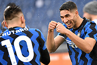 Achraf Hakimi of FC Internazionale celebrates after scoring the goal of 1-2 during the Serie A football match between AS Roma and FC Internazionale at Olimpico stadium in Roma (Italy), January 10th, 2021. Photo Andrea Staccioli / Insidefoto