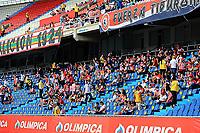 BARRANQUILLA - COLOMBIA, 25-07-2021: Hinchas del Atletico Junior.Atlético Junior  y Envigado en partido por la fecha 2 como parte de la Liga BetPlay DIMAYOR II 2021 jugado en el estadio Metropolitano Roberto Meléndez de la ciudad de Barranquilla. / Fans of Atletico Junior.Atletico Junior and Envigado in match for the date 2 as part of the BetPlay DIMAYOR League II 2021 played at Metropolitano Roberto Melendez stadium in Barranquilla city. Photo: VizzorImage / Jairo Cassiani / Contribuidor